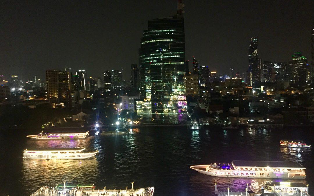 Hammerblick auf Downtown Bangkok